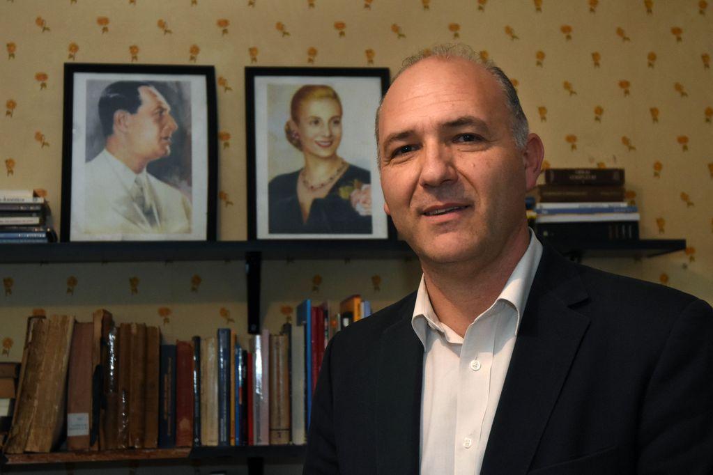 Guillermo Carmona asume en la Secretaría de Malvinas tras su paso por el Ministerio de Defensa.