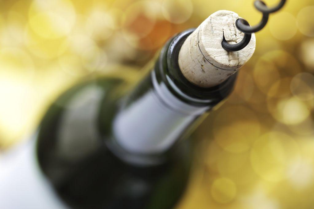 Una botella abierta conserva el vino por 5 días como máximo.