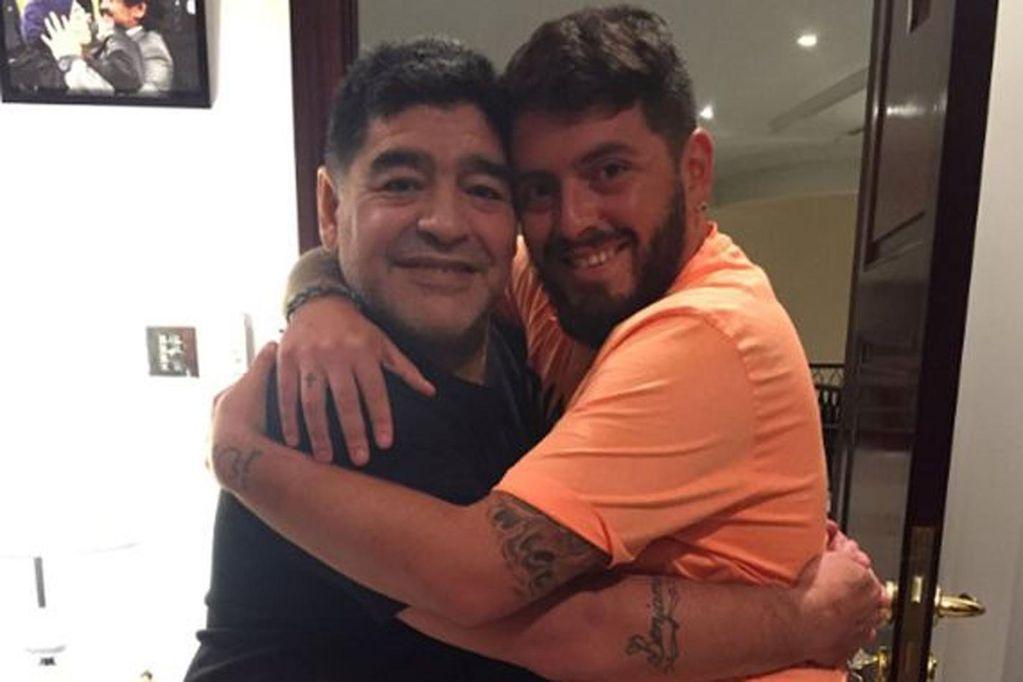 """Diego Maradona presentó a su segundo nieto: """"Estoy muy feliz y me llena el corazón"""""""