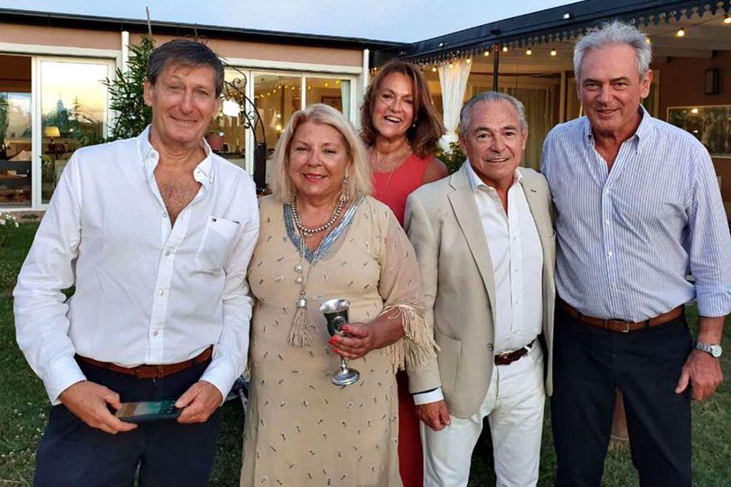 """""""Lilita"""" festejó su cumpleaños junto a varios dirigentes políticos. Foto: Twitter"""