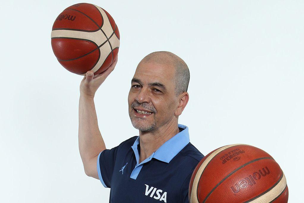 Sergio Hernández definió la lista de 12 jugadores para los Juegos Olímpicos