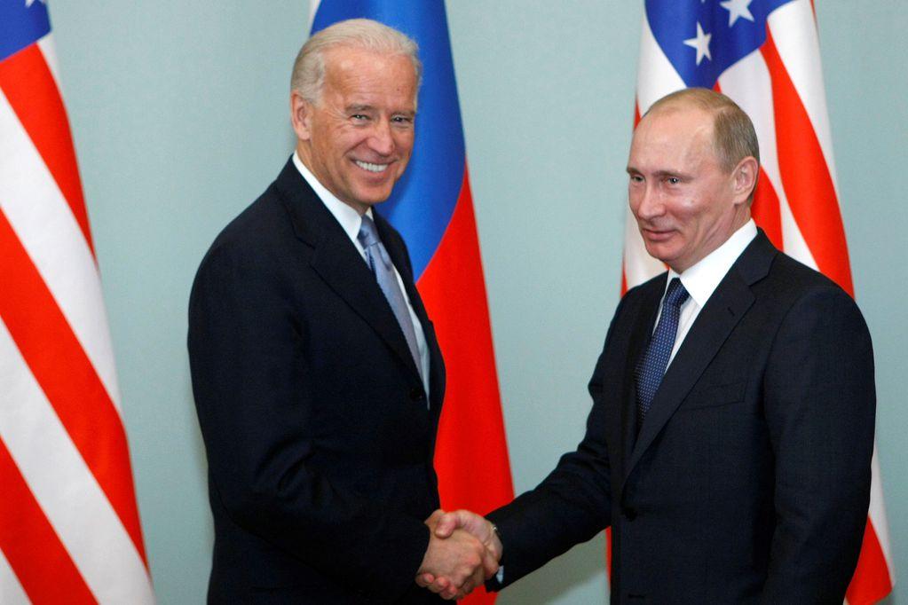 """Joe Biden calificó de """"asesino"""" a Vladimir Putin: """"Pronto verá el precio que va a pagar"""""""