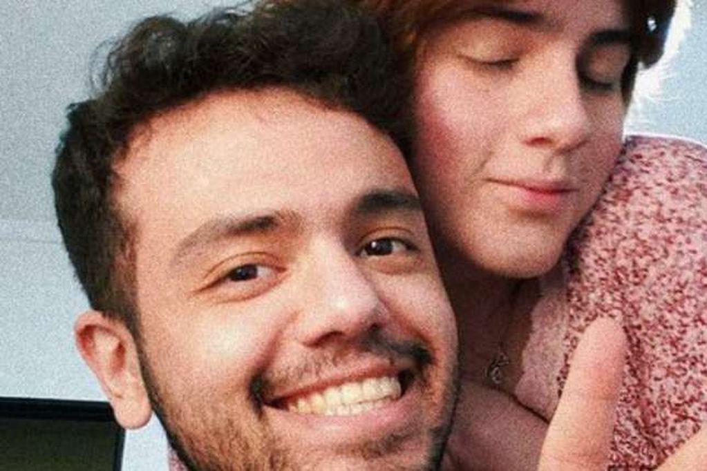Emma y Thiago, la pareja que fue discriminada por los propietarios de un inmueble. / Gentileza