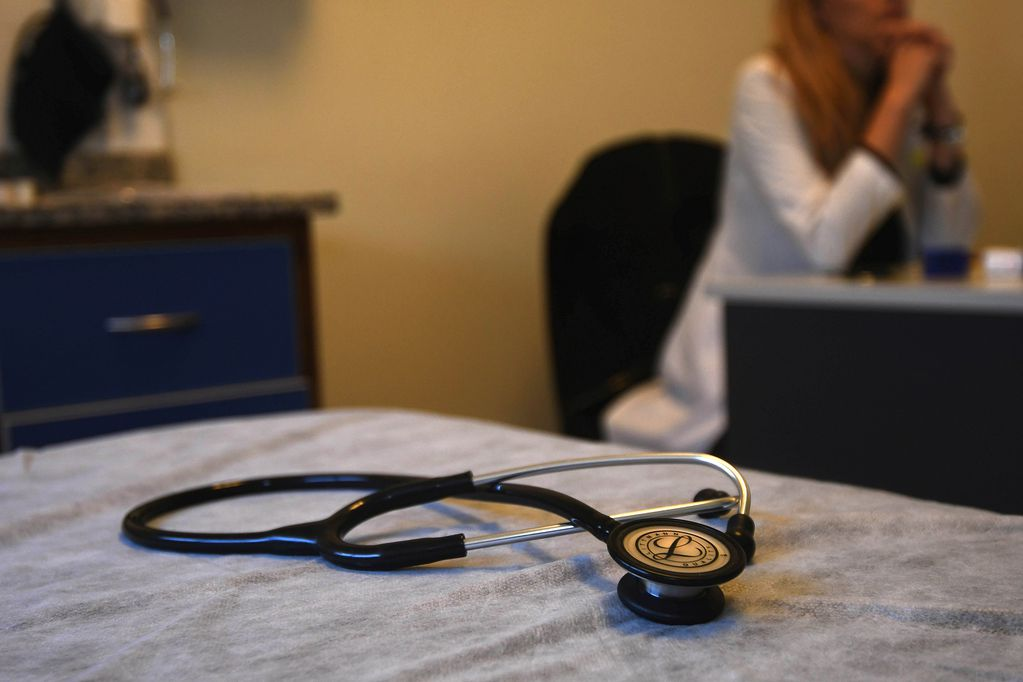 La ley de tu lado: salud, el conocimiento del derecho protege el bolsillo
