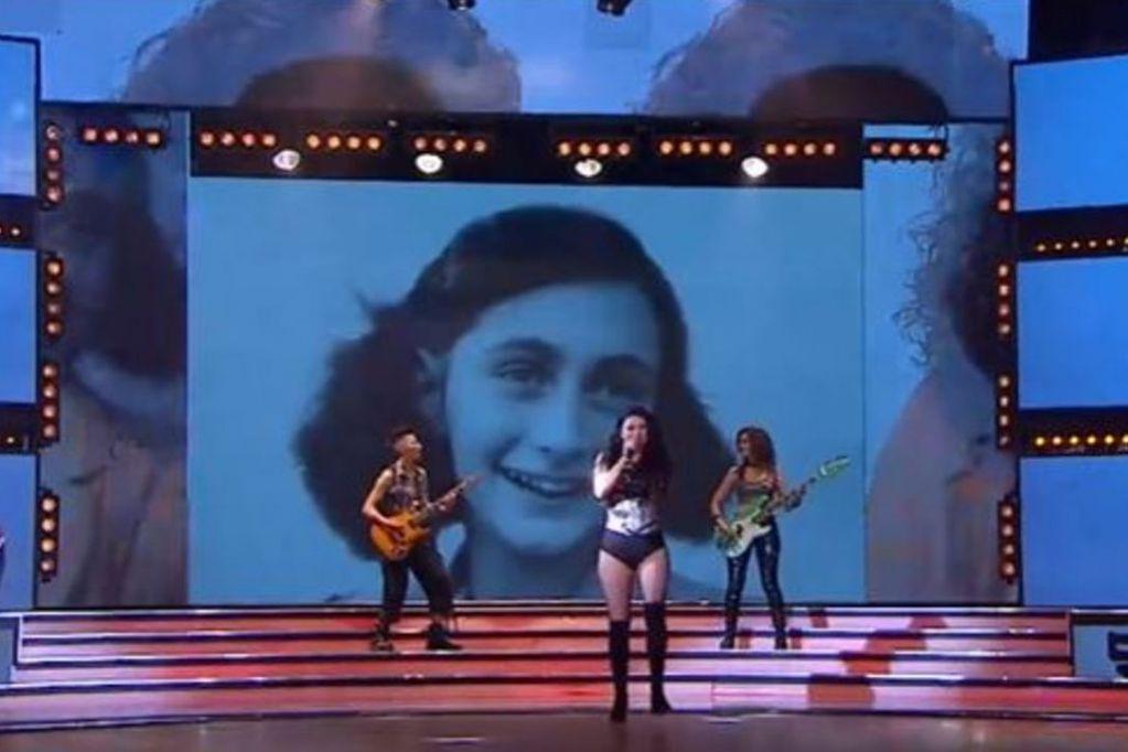 Usaron una foto de Ana Frank para graficar una canción en ShowMatch y despertó la indignación del público