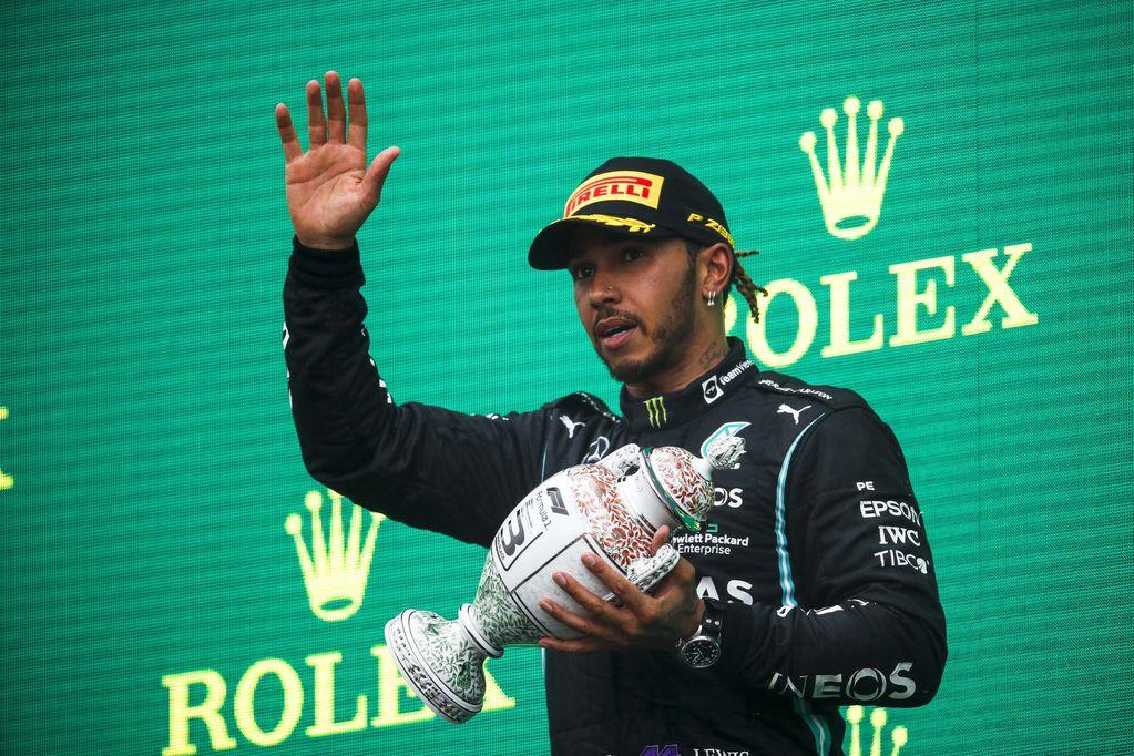 Lewis Hamilton se descompensó