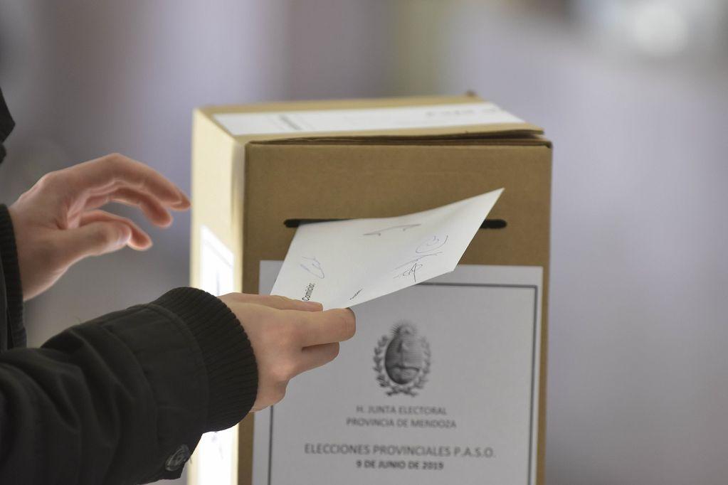 Los frentes y candidatos se perfilan para las elecciones PASO de septiembre. Archivo Los Andes