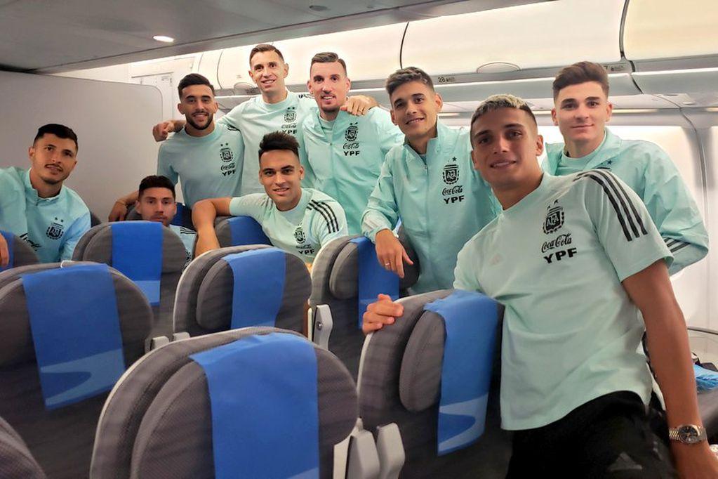 La Selección Argentina ya emprendió su regreso rumbo a nuestro país con cuatro deportados
