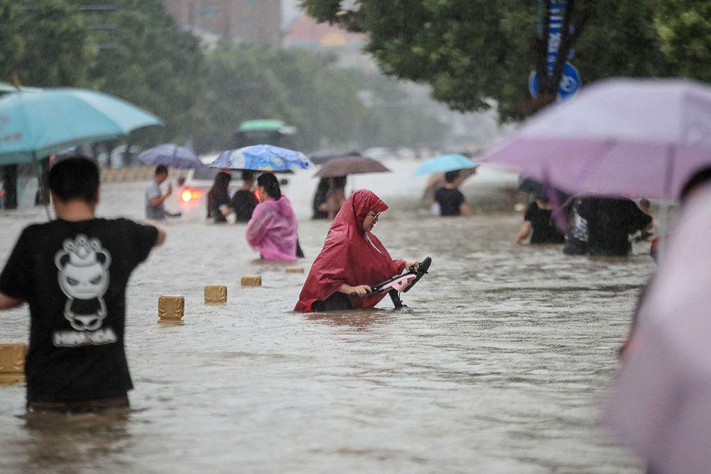 Las fuertes inundaciones en Asia y Europa son una de las consecuencias del cambio climático.