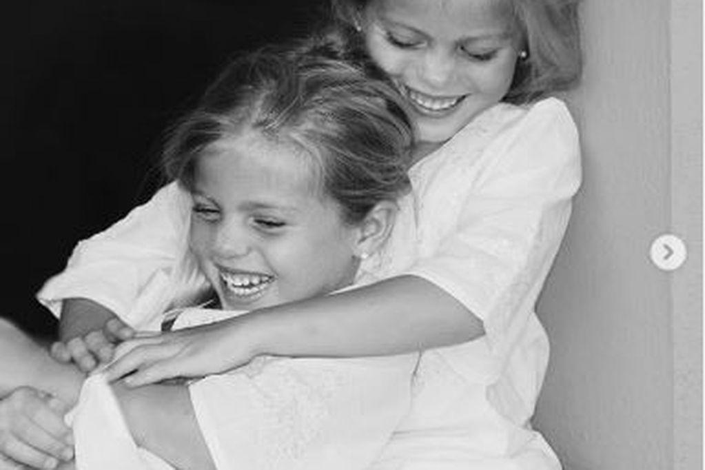 Victoria y Cristina, las gemelas de Julio Iglesias, se convirtieron en dos hermosas empresarias