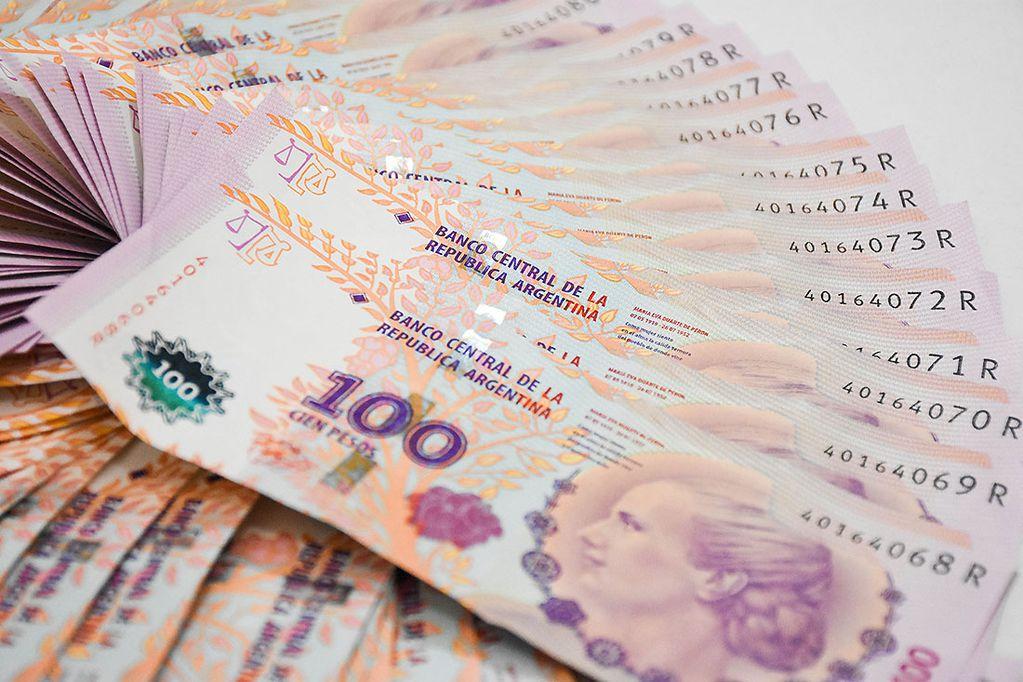 Rechazan billetes de $ 100 por su desgaste, pero hay pocos de $ 1.000