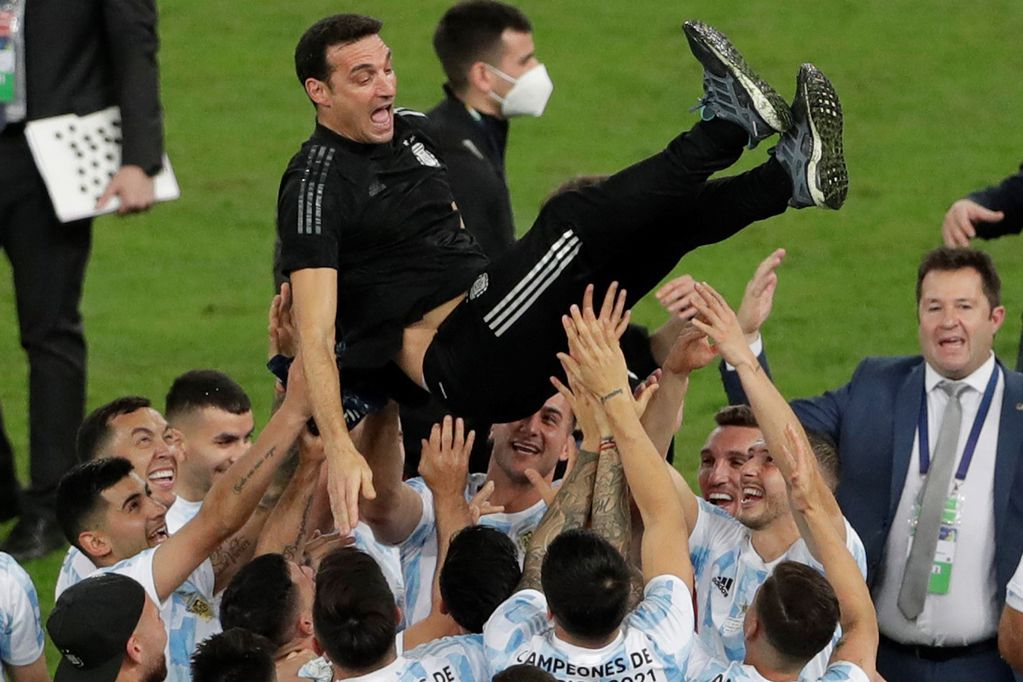 "¡A bailar! Apareció la pegadiza cumbia ""La Scaloneta"" tras la consagración de Argentina en Brasil"