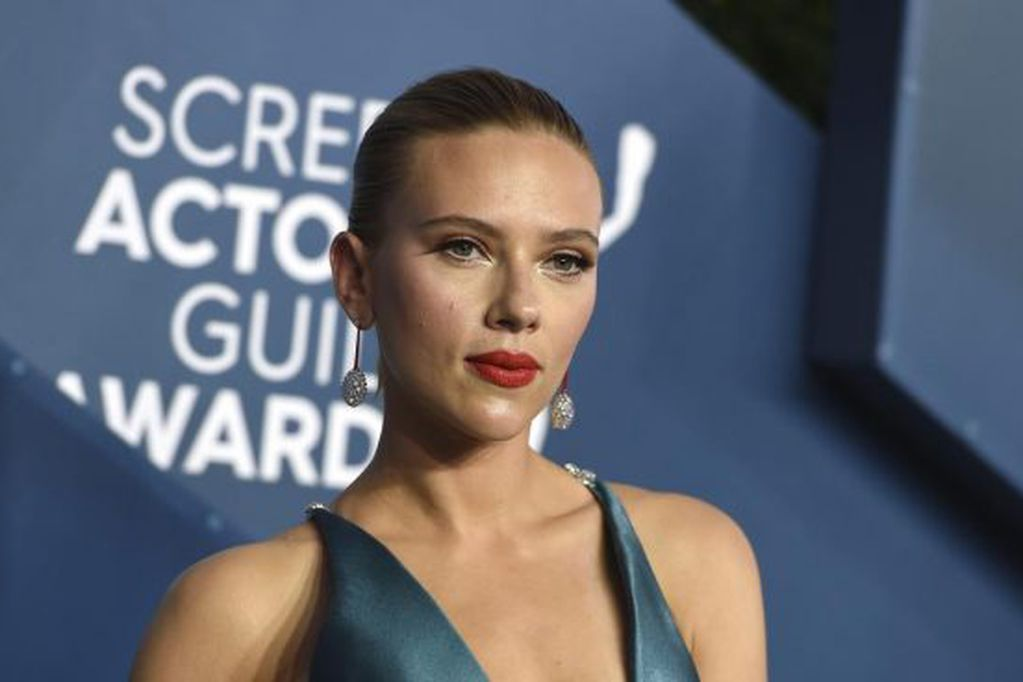 Scarlett Johansson está embarazada.