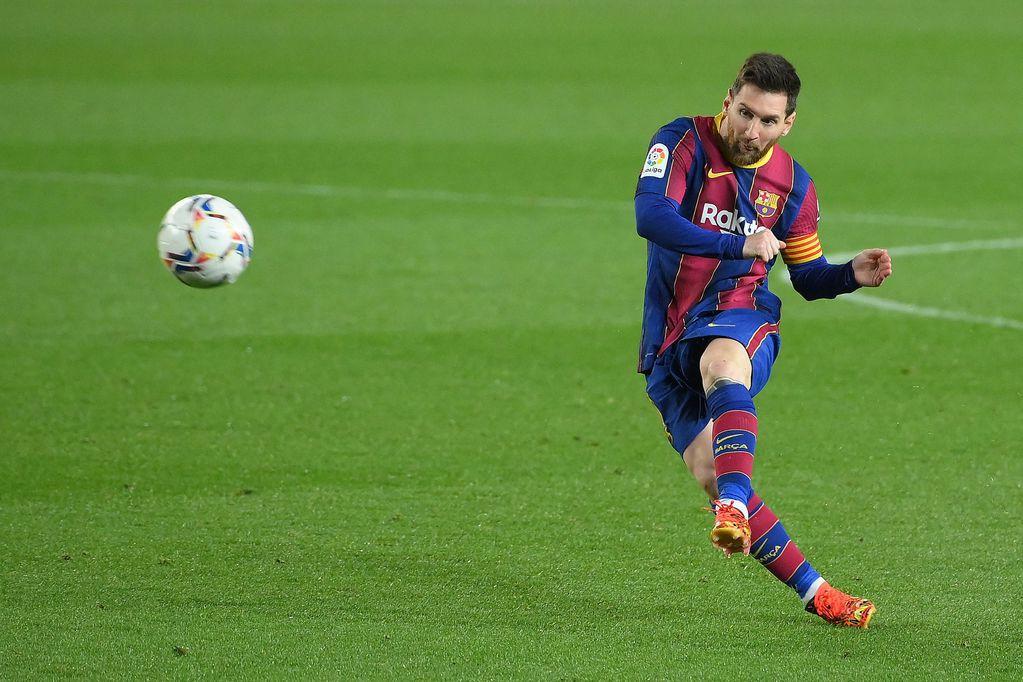 """El Barcelona quiere a Messi para siempre: en qué consiste el contrato """"de por vida"""" que le ofrecerá"""