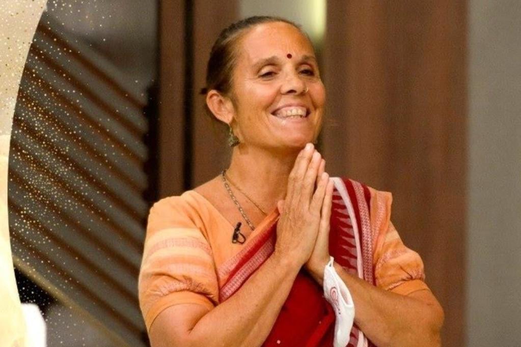 Noches de encanto en MasterChef: el menú hindú presentando con danzas y el terrible enojo de uno de los participantes