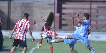 Hoy se jugarán los 4 partidos que definirán los dos pases a la final por el cupo del Regional Amateur 2020.