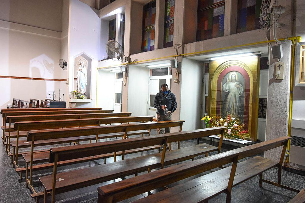Cuadro que Juan Pablo II regaló a Mendoza, en la parroquia de Santa Bernardita (Guaymallén).