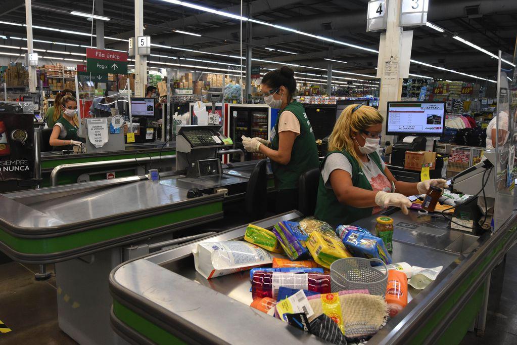 Tarjeta Alimentar pagará hasta $12.000 en septiembre de 2021: cómo anotarse - Foto: Mariana Villa / Los Andes