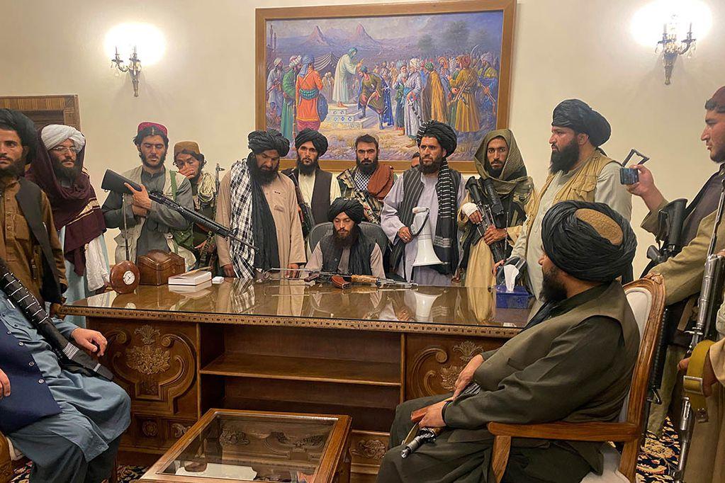 Talibanes toman el poder en Afganistán. Los Andes