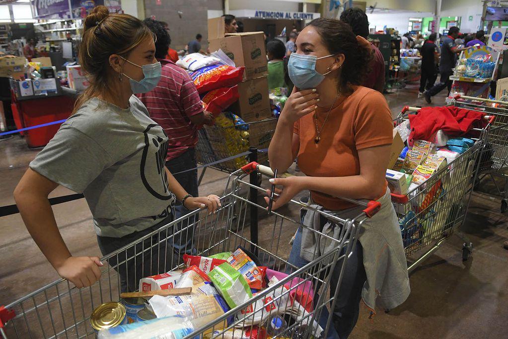 Anses paga desde hoy, 22 de septiembre, hasta $12.000 a beneficiarios de Tarjeta Alimentar - Foto: Orlando Pelichotti / Los Andes
