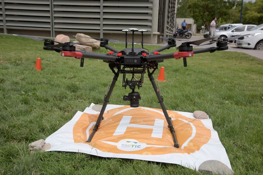 Los drones ya se utilizan para el patrullaje preventivo y para detectar construcciones no declaradas. Ahora buscarán sumarlos a la lucha antigranizo. Foto archivo: gentileza Gobierno de Mendoza.