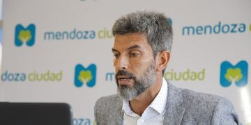Ulpiano Suárez debatió en una reunión internacional de la BID