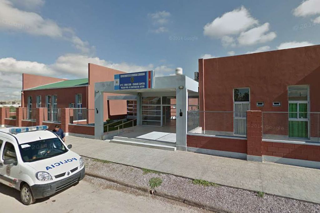Comisaría 5ª de la Mujer y la Familia, Santiago del Estero. Foto: captura de Street View