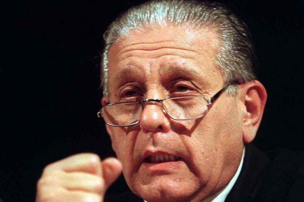 El médico René Favoloro (77) se quitó la vida en su departamento de Capital Federal.