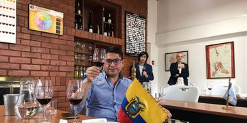 Once bodegas de Mendoza participan a distancia de una Misión de Vinos a Ecuador