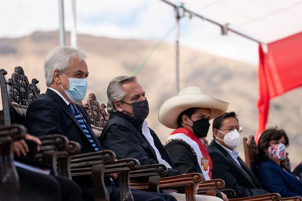 Asunción de Castillo y Cumbre del Grupo de Puebla.