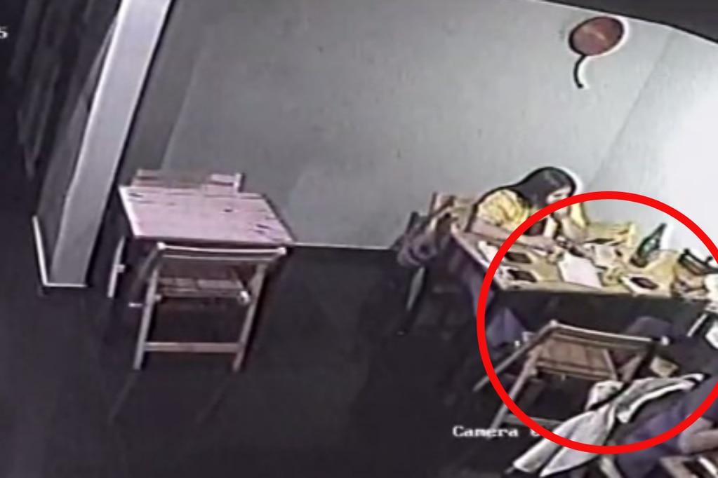 Dos mujeres le robaron la cartera a otra persona y le vaciaron la cuenta bancaria con MercadoPago.