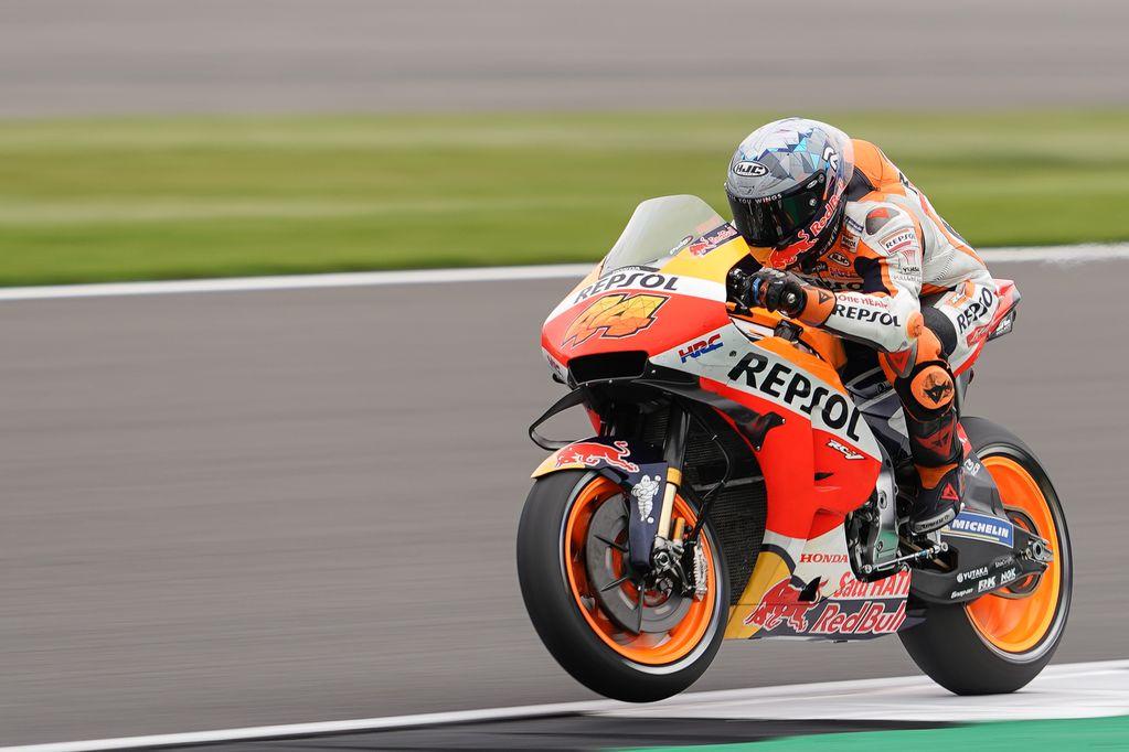 Pol Espargaró logró la pole en Silverstone para el MotoGP