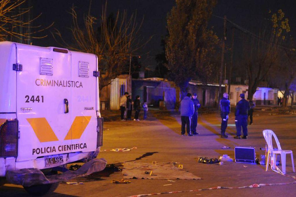 Crimen en el barrio Sargento Cabral de Las Heras: imputaron a un acusado y sigue la búsqueda de un menor