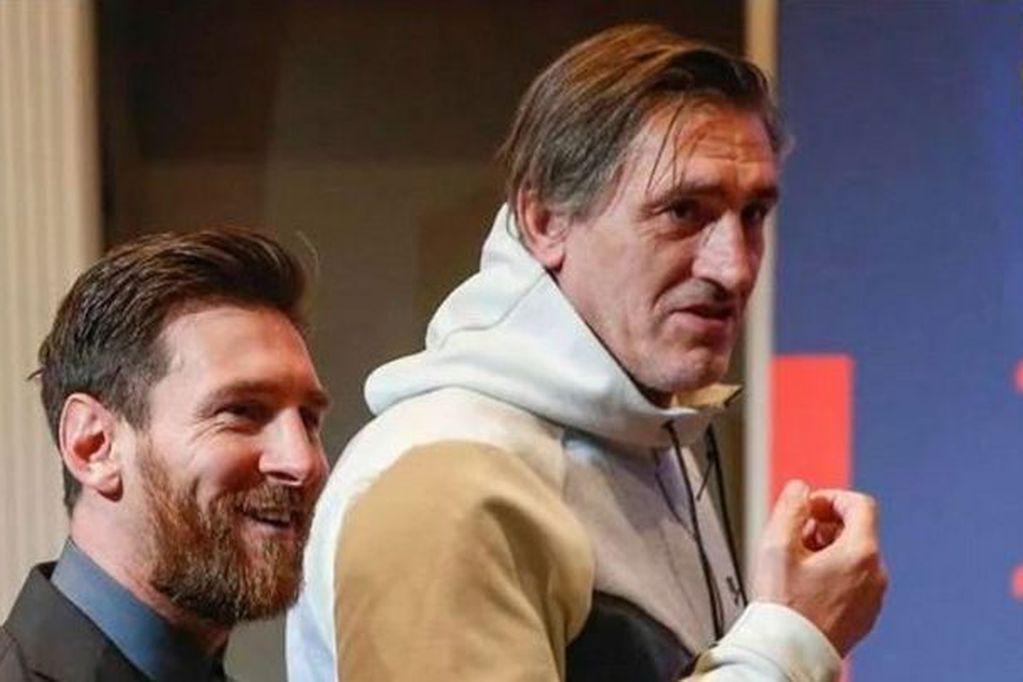 Leo Messi junto a Pepe Costa, el español que lo acompaña a todos lados. / Gentileza Diario As