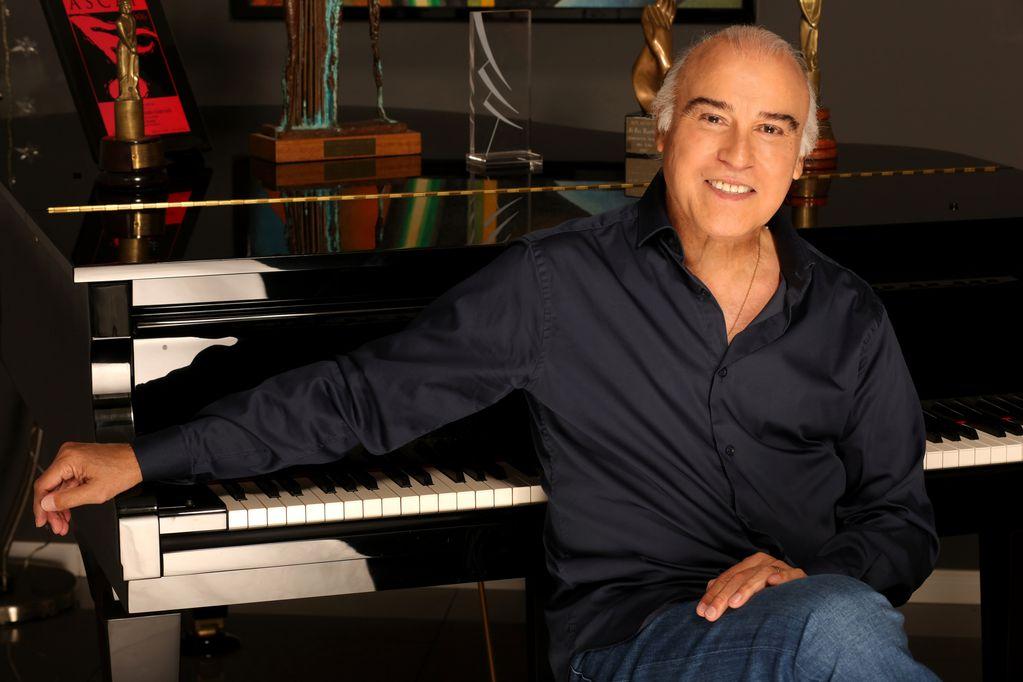 Paz Martínez es uno de los compositores más prolíferos de nuestra música y ofrecerá un concierto por streaming el 16 de octubre.