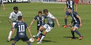 Independiente enfrenta a Tristán Suárez
