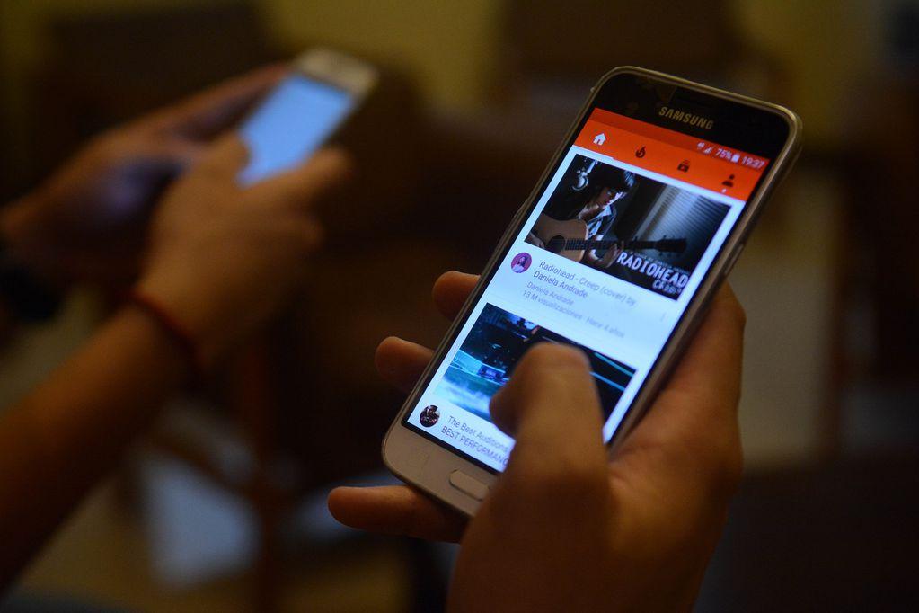 """Se vienen los """"precios congelados"""" de celulares y televisores: en qué consiste el nuevo plan del Gobierno"""