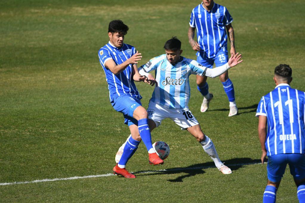 Godoy Cruz no mostró su mejor cara y perdió ante Atlético Tucumán