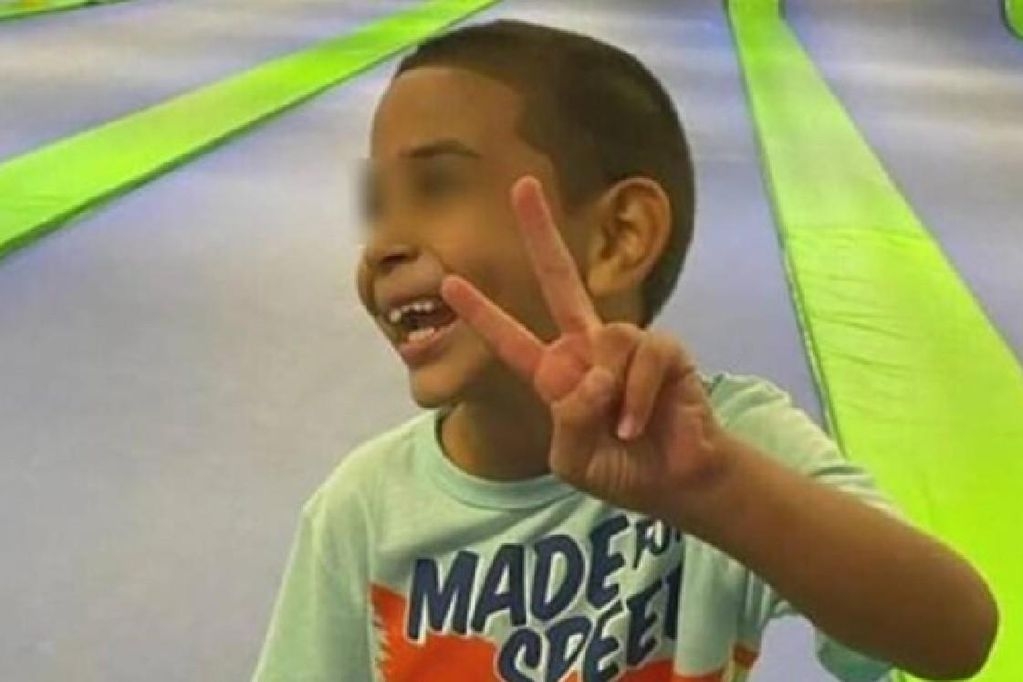 El nene originario de Texas, Estados Unidos, envió un emotivo mensaje para pedir ser adoptado.
