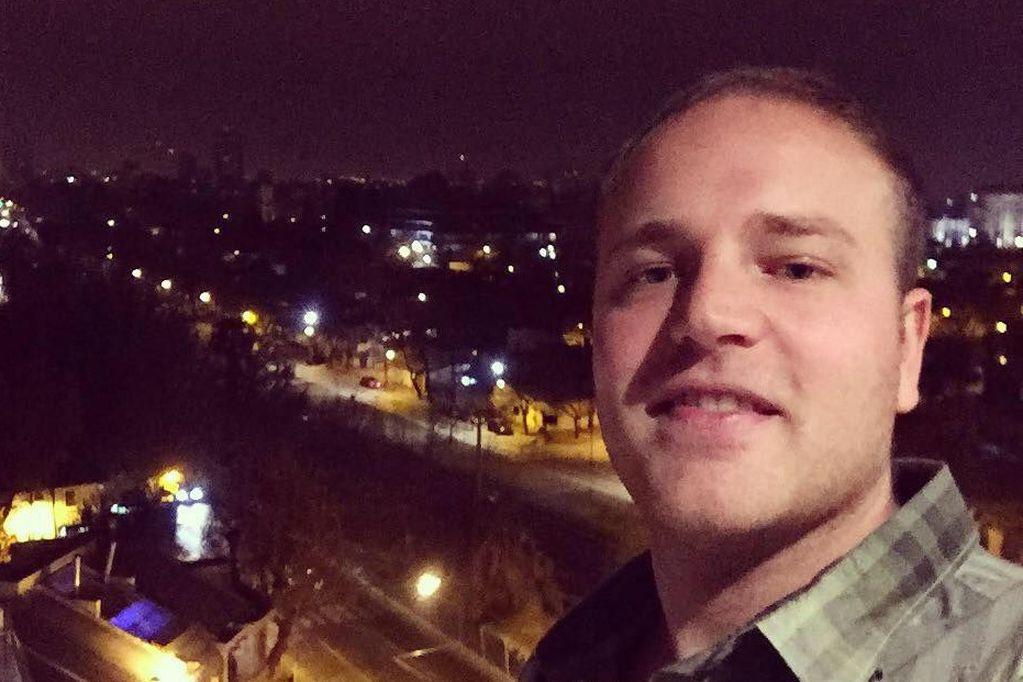 """Mensajes de dolor de los amigos del joven periodista asesinado: """"No lo puedo creer"""""""