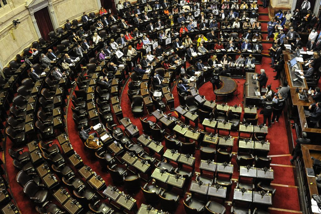 La sesión fracasó con 122 diputados presentes (Foto: Federico López Claro)