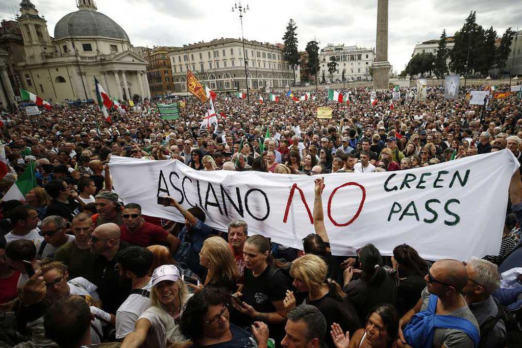 Protestas en Roma contra el pase sanitario