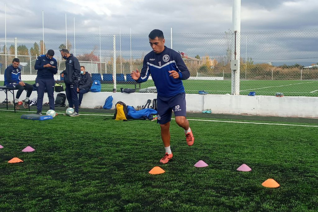 Independiente Rivadavia entrenó y esta noche viaja a Córdoba para enfrentar a Instituto