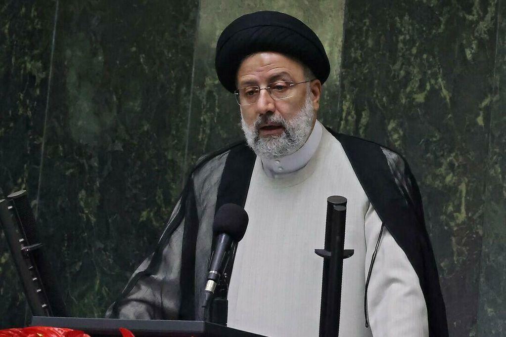 """Irán aseguró que la """"derrota"""" de EE.UU. en Afganistán debe transformarse en una """"oportunidad para la paz"""""""