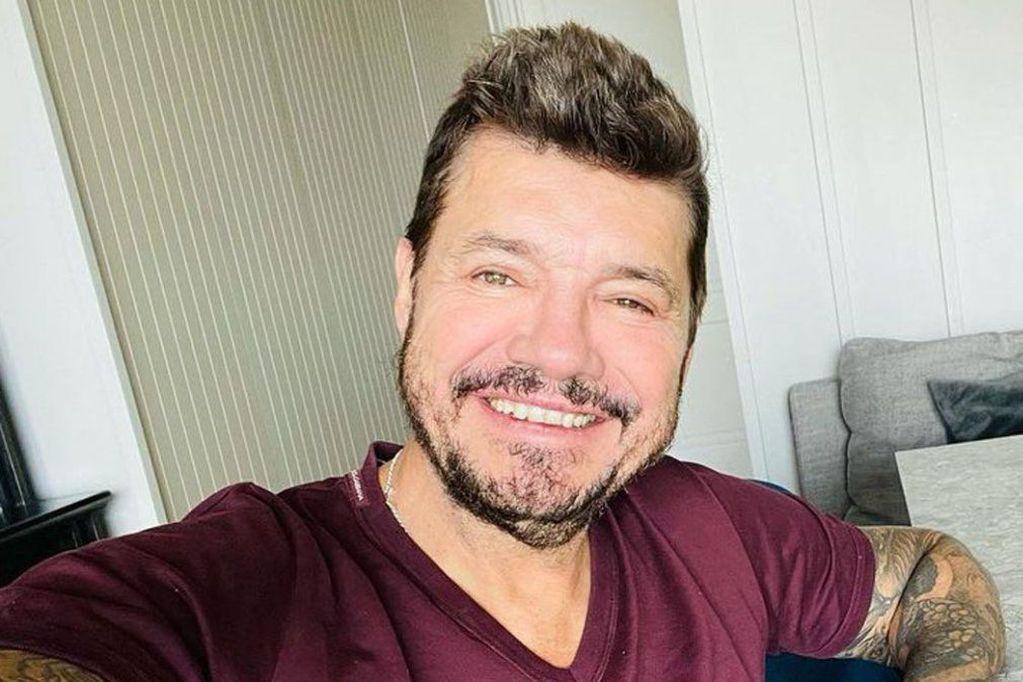 """El """"refresh"""" facial de Marcelo Tinelli es lo más llamativo de su regreso y en las redes no pasa desapercibido"""