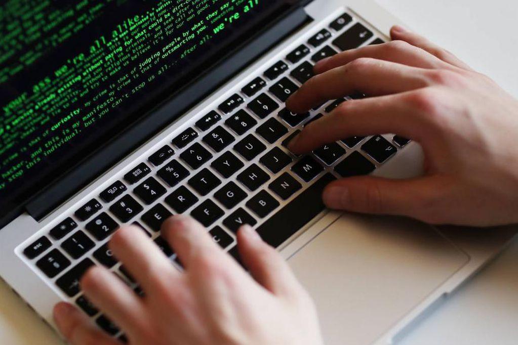 Aumento de delitos informáticos: habrá más demanda de especialistas en ciberseguridad y abren carrera gratuita en Buenos Aires