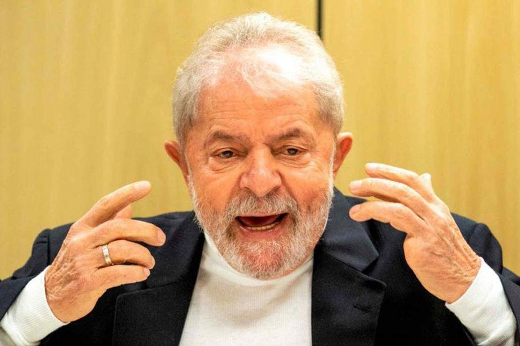 """Lula calificó como """"genocidio"""" el medio millón de muertos por coronavirus en Brasil"""