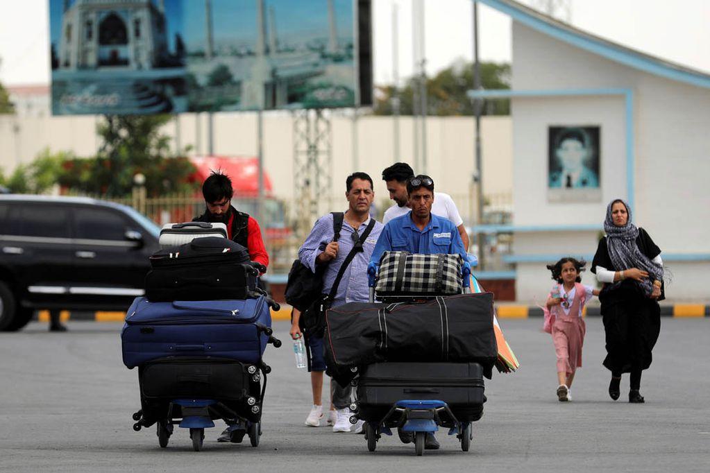 Confirman que hay cuatro argentinos en Afganistán: qué pasará con ellos