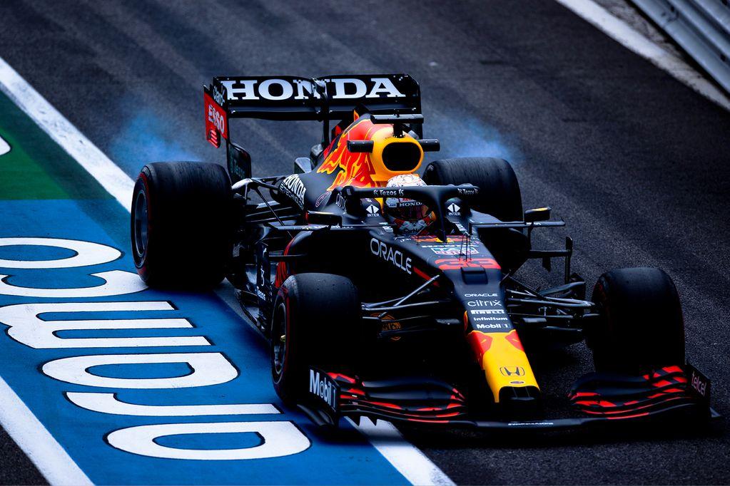 Max Verstappen cerró el viernes en lo más alto