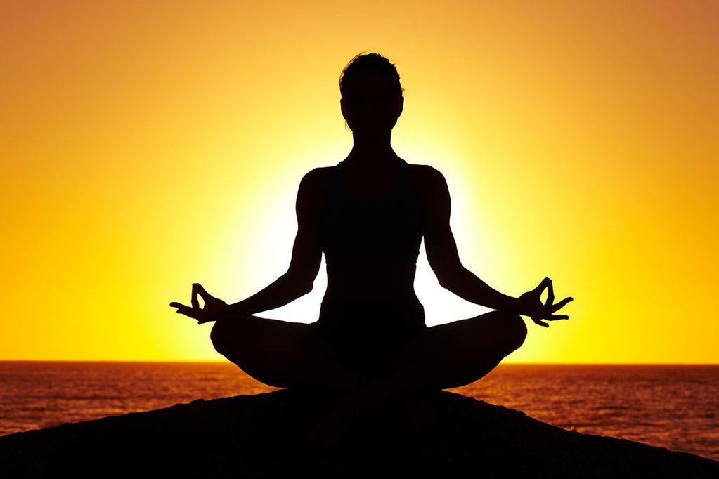 Celebración mundial en el Día del Yoga
